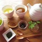 【どこでも買える】手軽にデトックスできる5種類のお茶