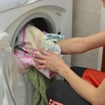 【臭いのもと】洗濯しても汗の臭いがとれないのは黒ずみが原因?