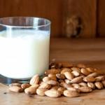 【アーモンドミルク】4つの効能と効果!副作用はあるのか?